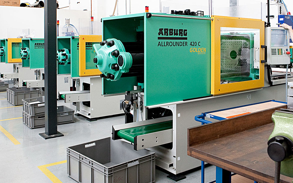 Plastic injection molding – Arburg machines with strong clamping forces.